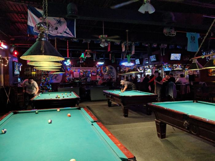 Sidelines Sports Bar and Billiards
