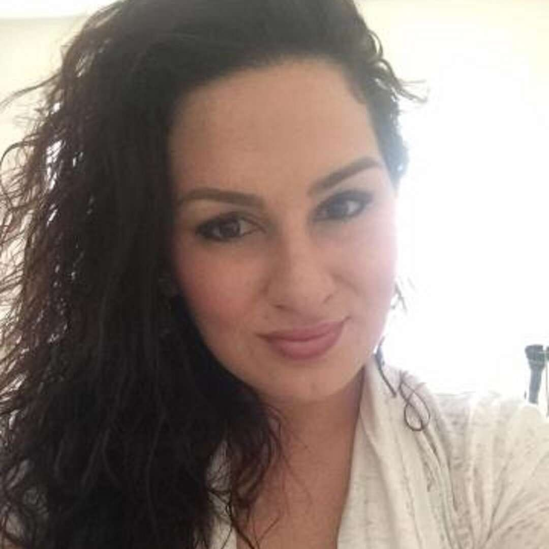 Single tesmeioi60 is looking for a man