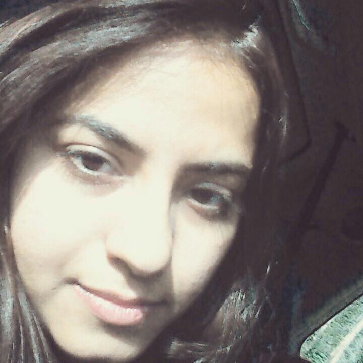 Single Deepali is looking for a man
