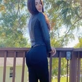 Single Linda7317 is looking for a man