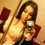 Single porti is looking for a man