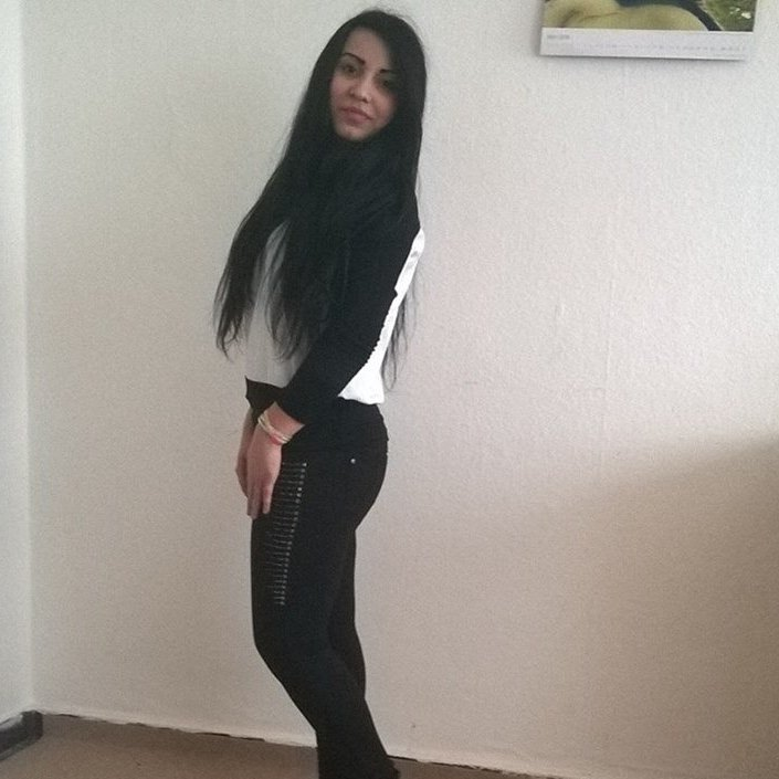 Single gunv246 is looking for a man