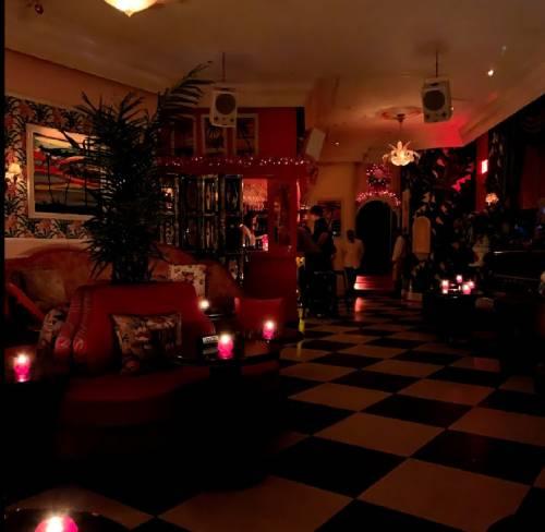 Paul's Cocktail Lounge